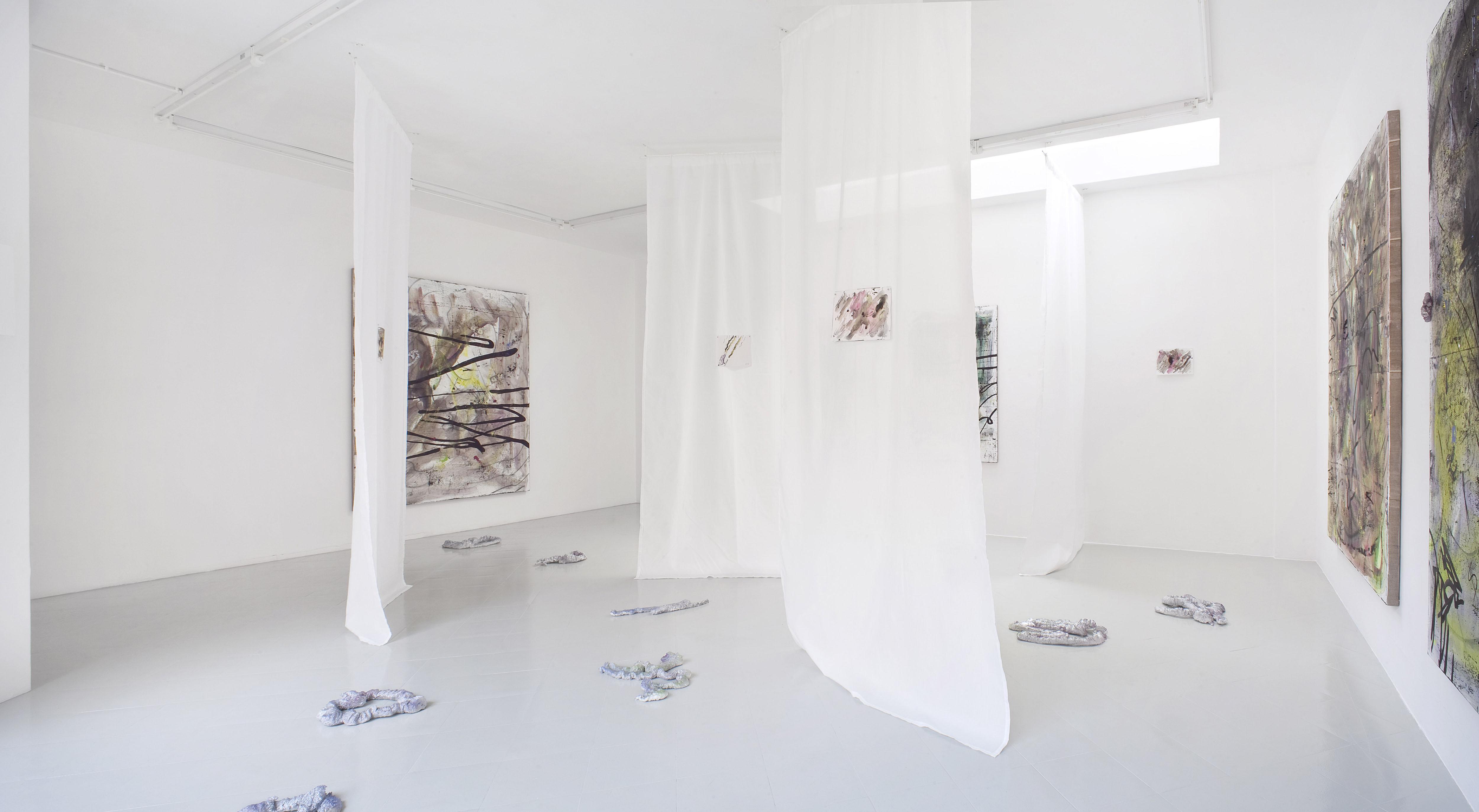11 - Henning Strassburger Superet Exit System Installation View 2016 Studiolo Milan copia 2